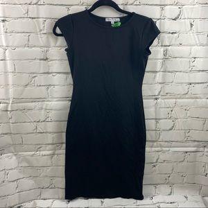 Velvet Torch body con black dress